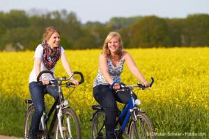 Fahrradtour an der Mosel - © Christian Schwier - Fotolia.com